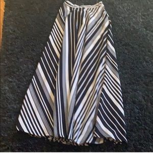 Dresses & Skirts - 🥼⭐️🎉LONG STRIPE SKIRT
